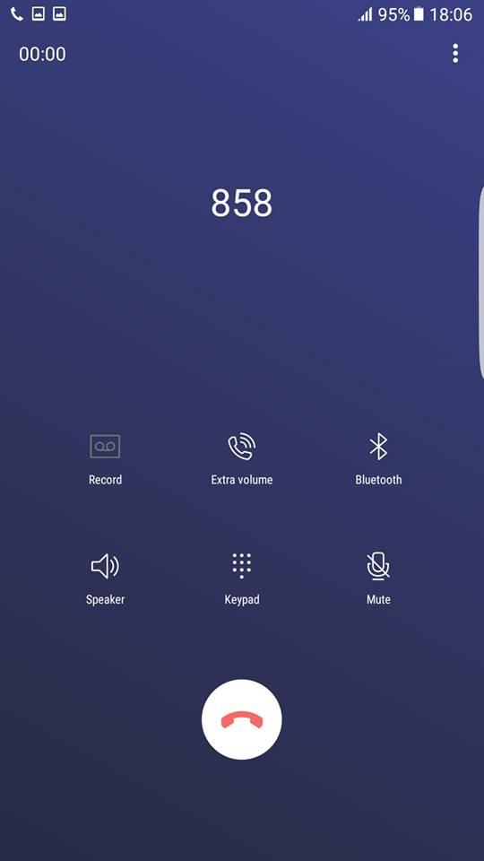 Galaxy S8 call screen